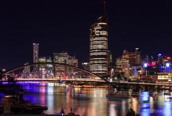 River-Plaza-River-City-Views